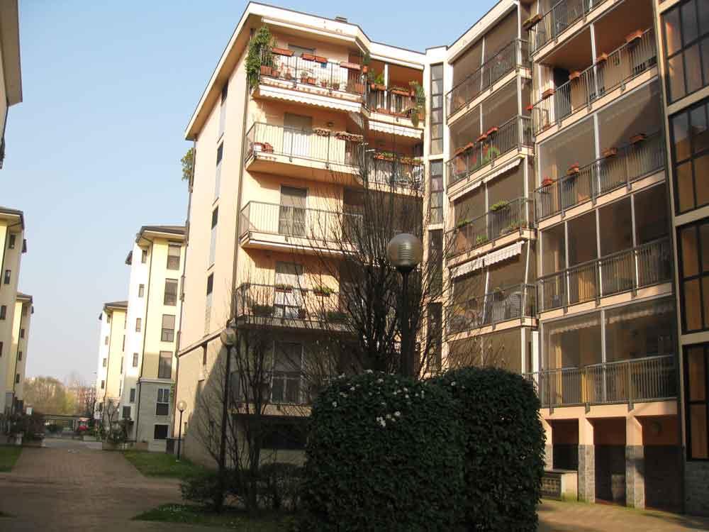 appartamento-via-della-cooperazione-11-rozzano-esterno-2